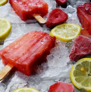 Homemade Strawberry Lemonade Popsicles
