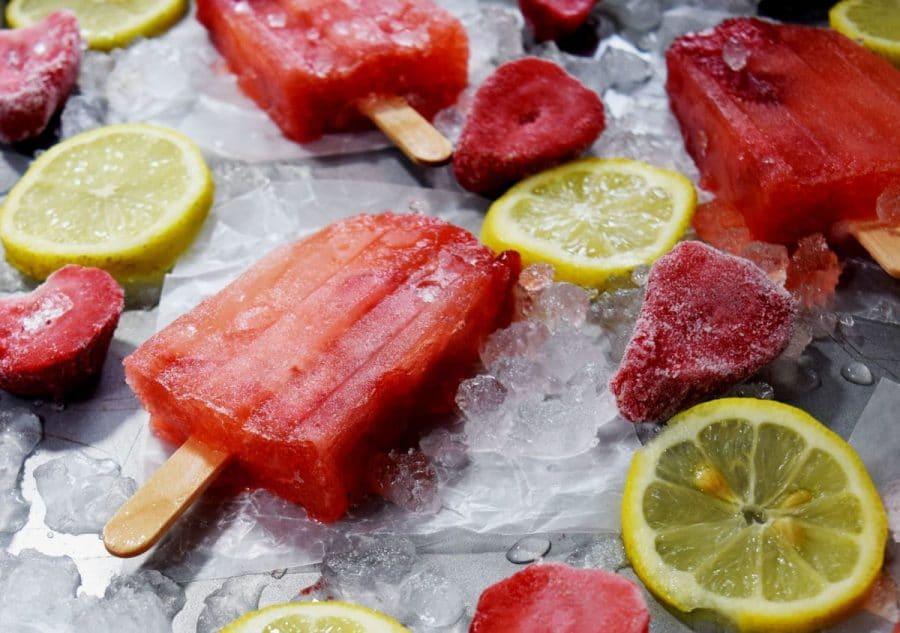 Homemade Strawberry Lemonade Popsicles
