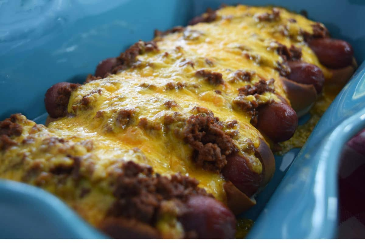 How Do You Make Homemade Chili For Hot Dogs