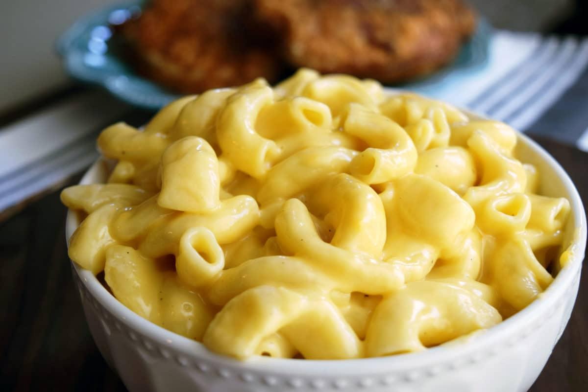 Instant Pot Creamy Mac N Cheese.