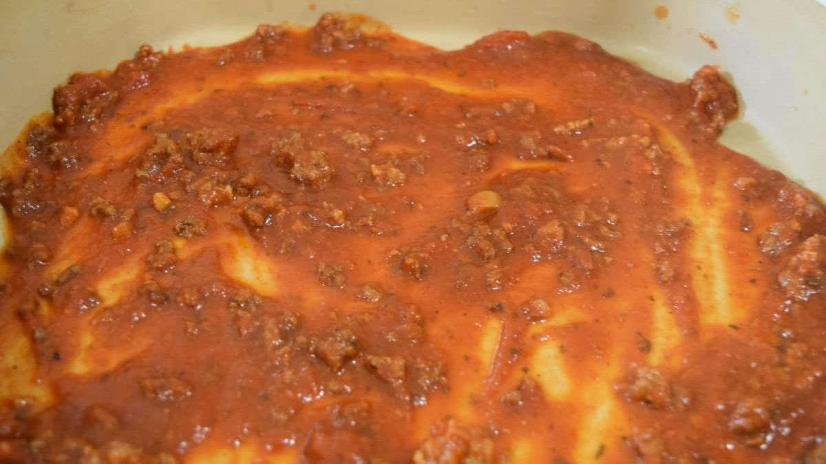 Bottom Layer of Lasagna Pan