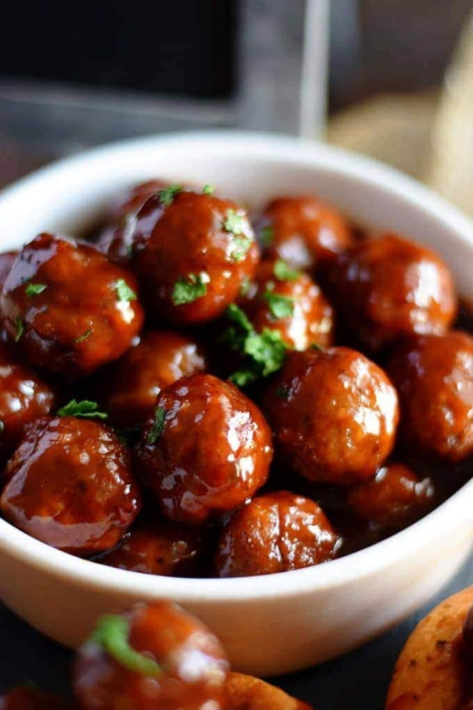 Slow Cooker Strawberry Jalapeno BBQ Meatballs