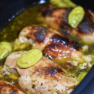 Slow Cooked Mississippi Chicken in cooking juices